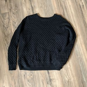 🖤Black Quilted Crop Sweater